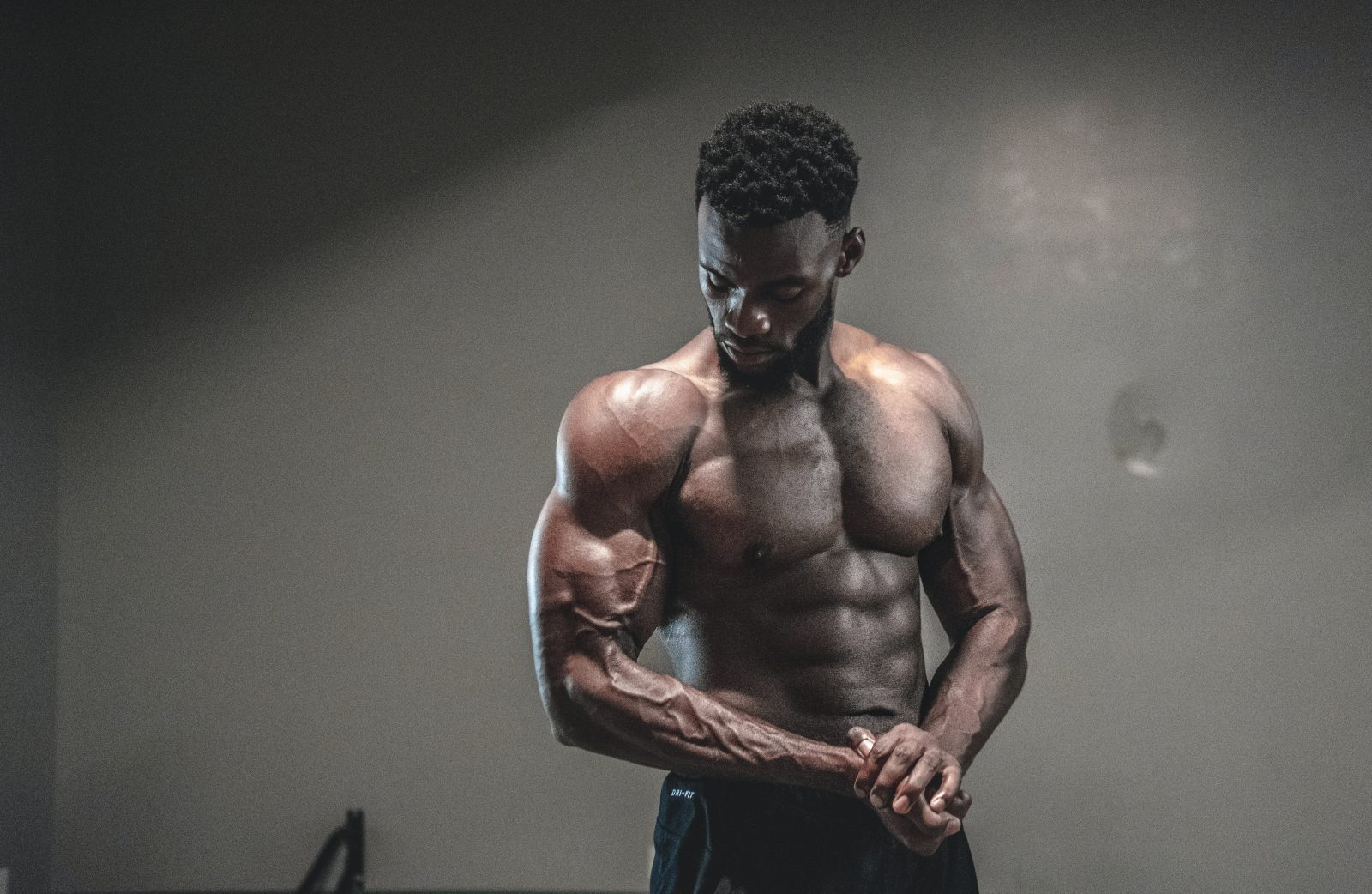 how to become fitness influencer