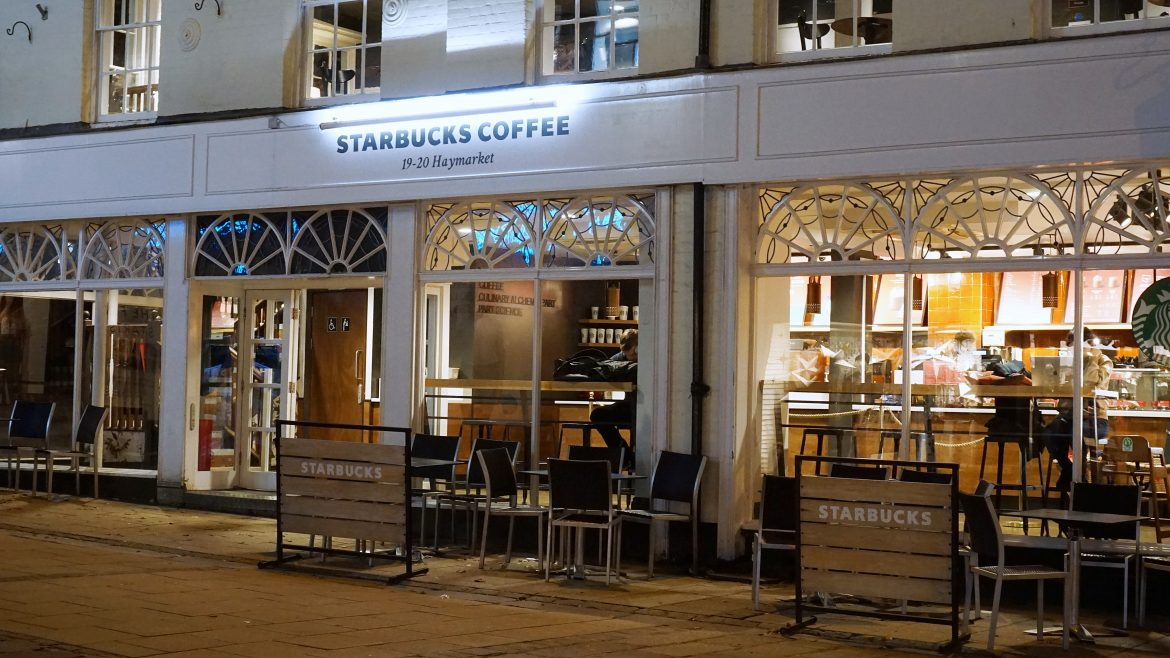 how much does starbucks franchise cost